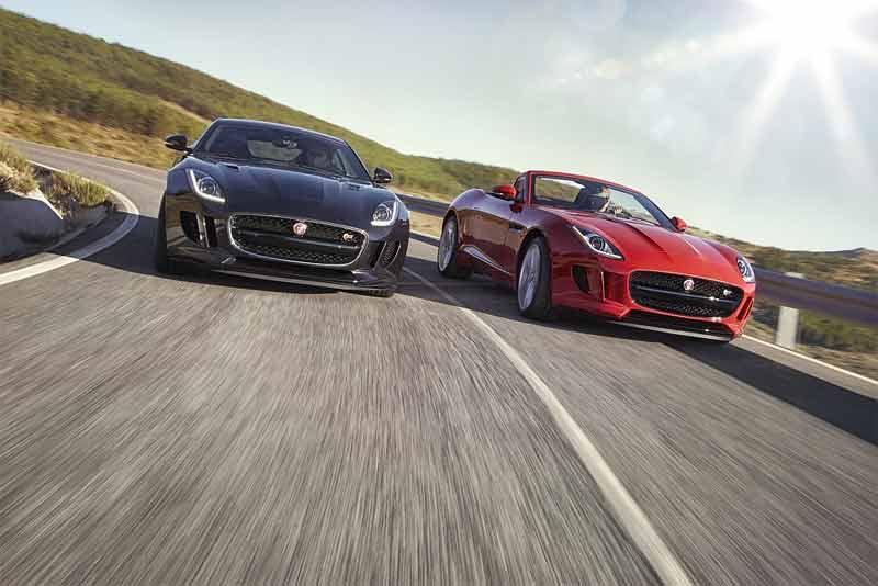 Für Liebhaber einer puristischen Form des Sportwagenfahrens offeriert Jaguar darüber hinaus ein eng abgestuftes manuelles Sechsganggetriebe. Die von ZF entwickelte Schaltbox kommt in den 340 und 380 PS starken Modellen mit Heckantrieb zum Einsatz.