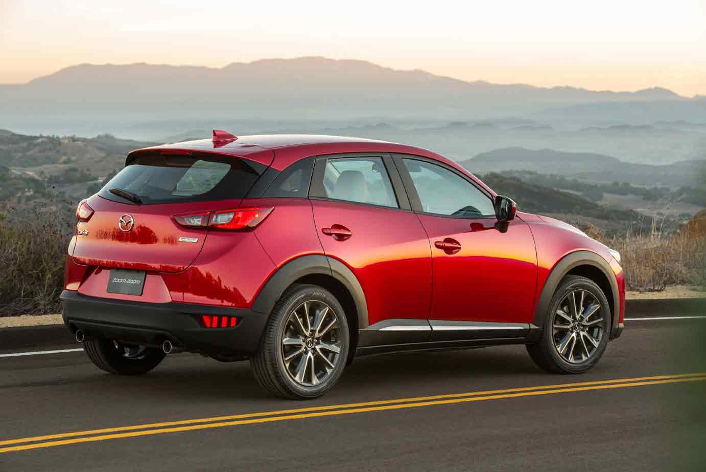 Auf der Los Angeles Auto Show 2014 stellt Mazda ein neues kompaktes Crossover-SUV vor.
