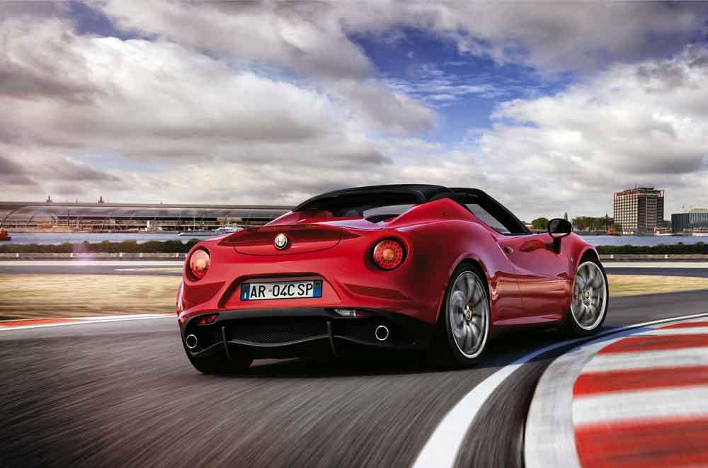 Alfa Romeo bietet den 4C nun auch als offene Spider-Variante an