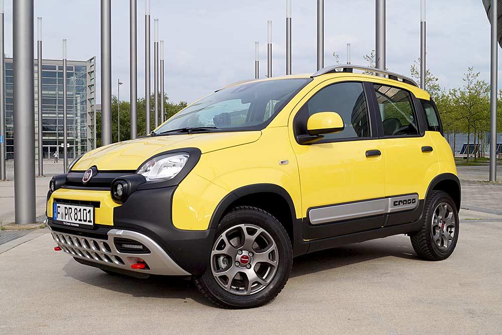 Im Fahrbericht der 80 PS satrke allradgetriebene Fiat Panda Cross mit 1.3 Liter Vierzylinder-Turbodiesel
