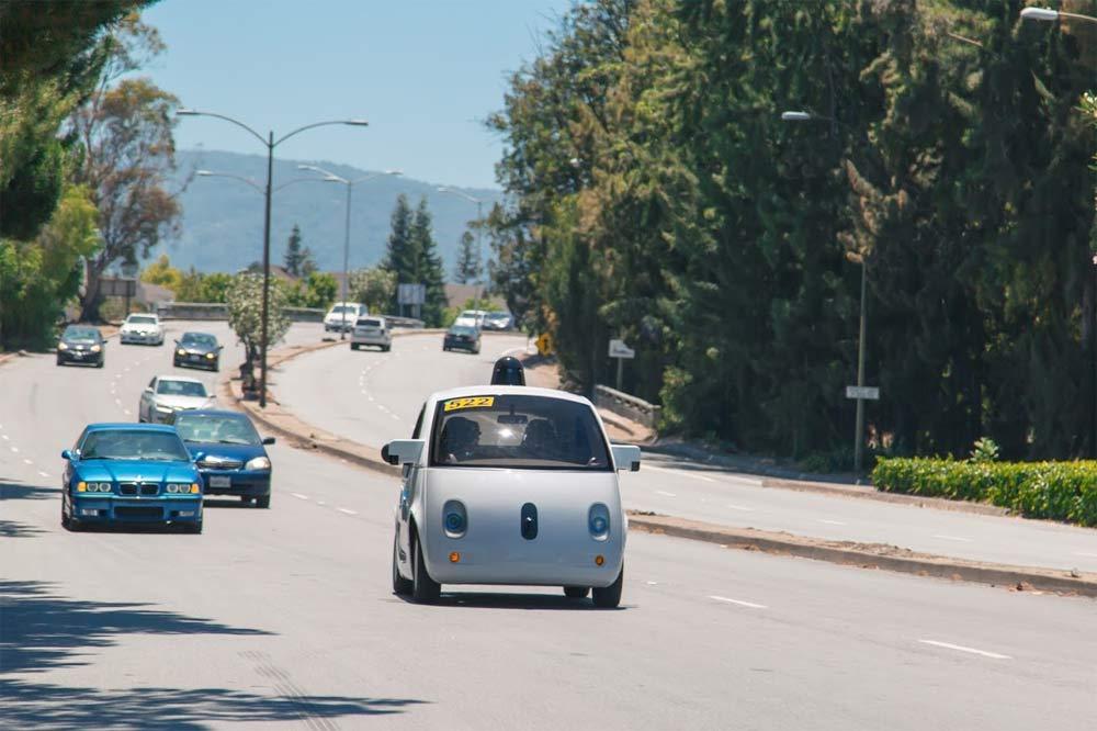 Google startet Public Raod Test für sein autonom fahrendes Fahrzeug