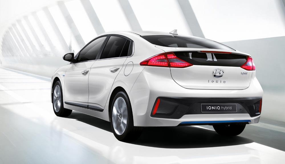 IONIQ-A-Leap-Forward-for-Hybrid-Vehicles201601_01