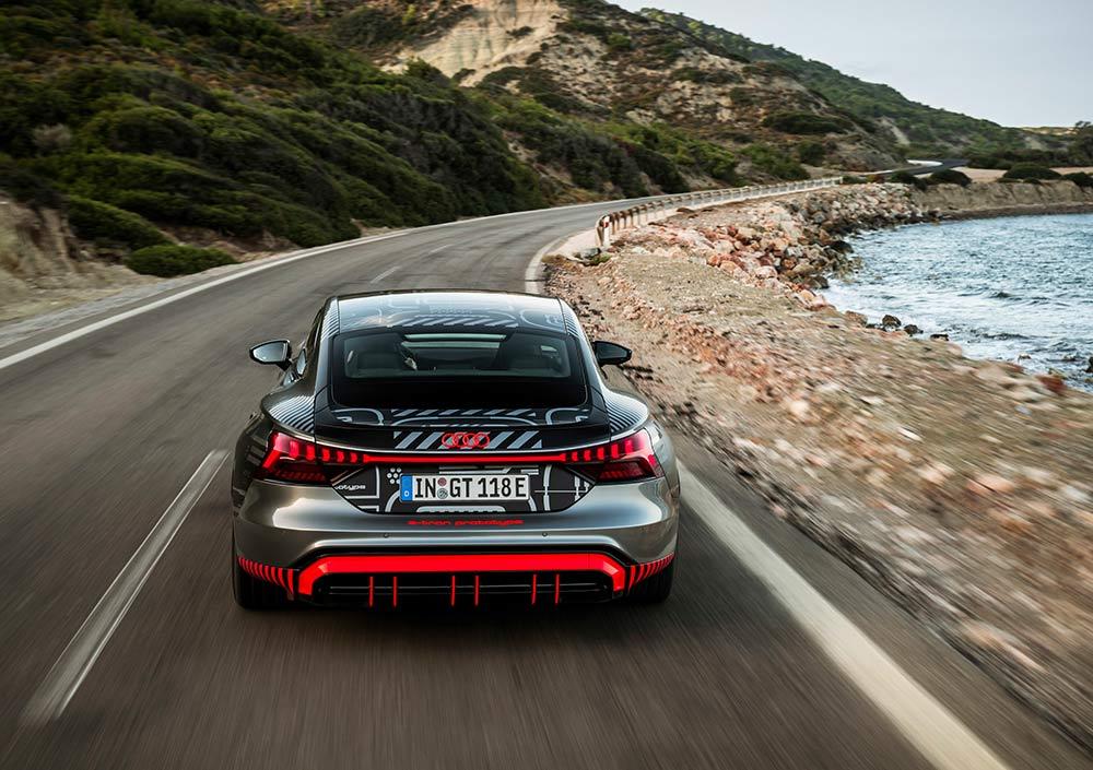 Weltpremiere-des-Audi-e-Tron-GT-am-Abend-des-09-02-2021-Vorab-Bilder-vom-RS-e-Tron-GT-Prototypen