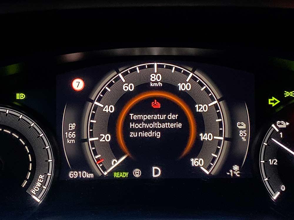 Elektro-Autos-im-Winter-Worauf-Halter-besonders-achten-sollten