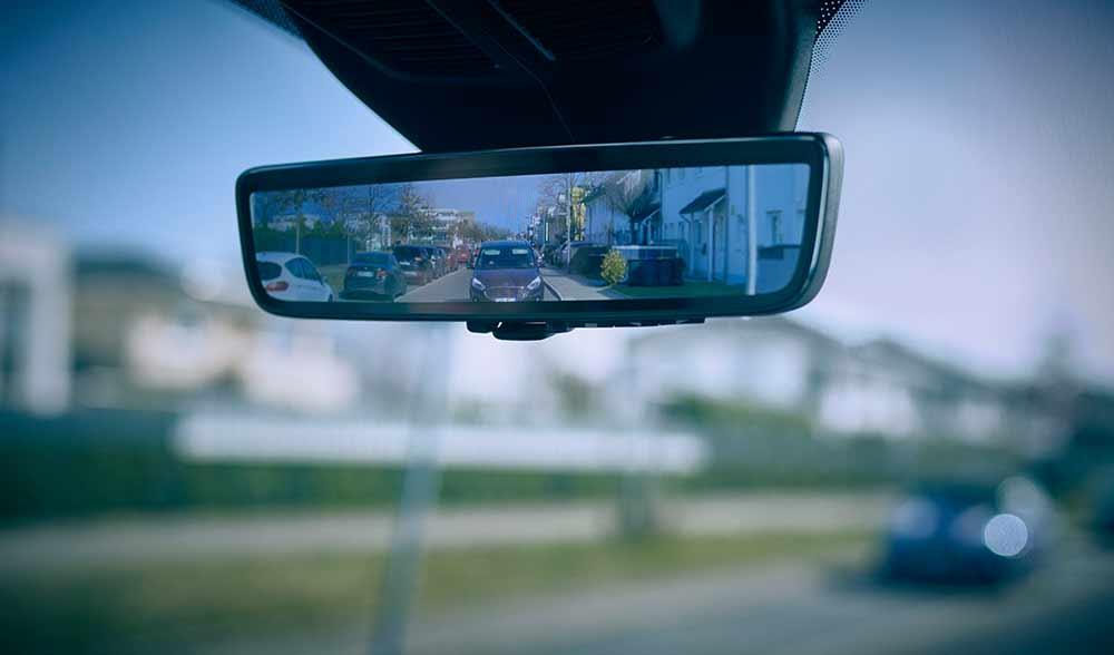 Smarter-R-ckspiegel-f-r-Ford-Nutzfahrzeuge-verbessert-Sicht-auf-r-ckw-rtigen-Stra-enverkehr