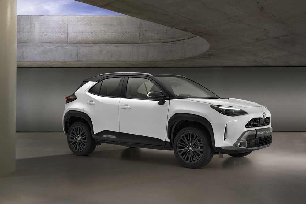 Besonders-robustes-Klein-SAUV-Toyota-Yaris-Cross-Adventure