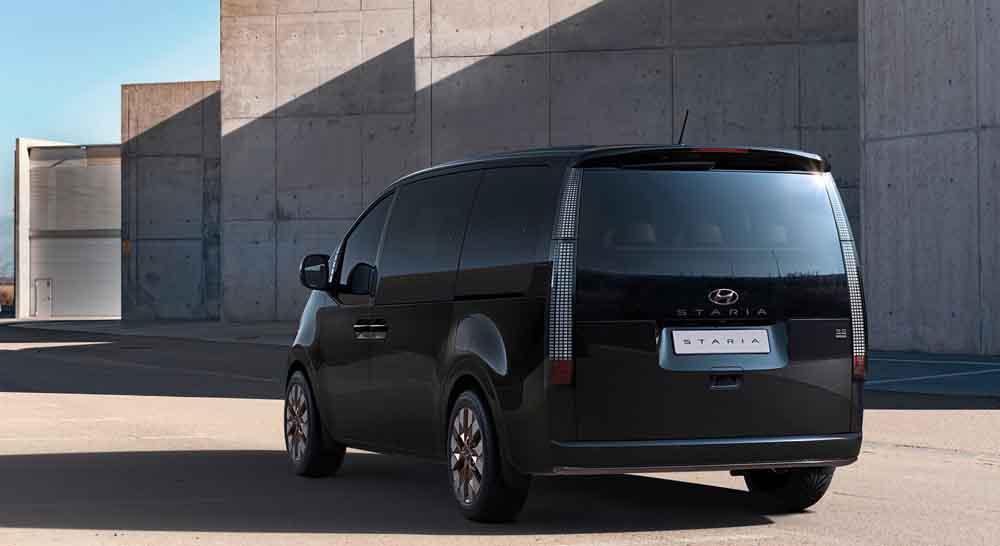 Hyundai-zeigt-weitere-Details-der-Van-Baureihe-Staria