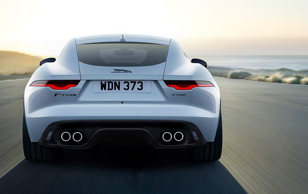 Sonderedition-Jaguar-F-Type-R-Dynamic-Black-Coup-und-Cabriolet