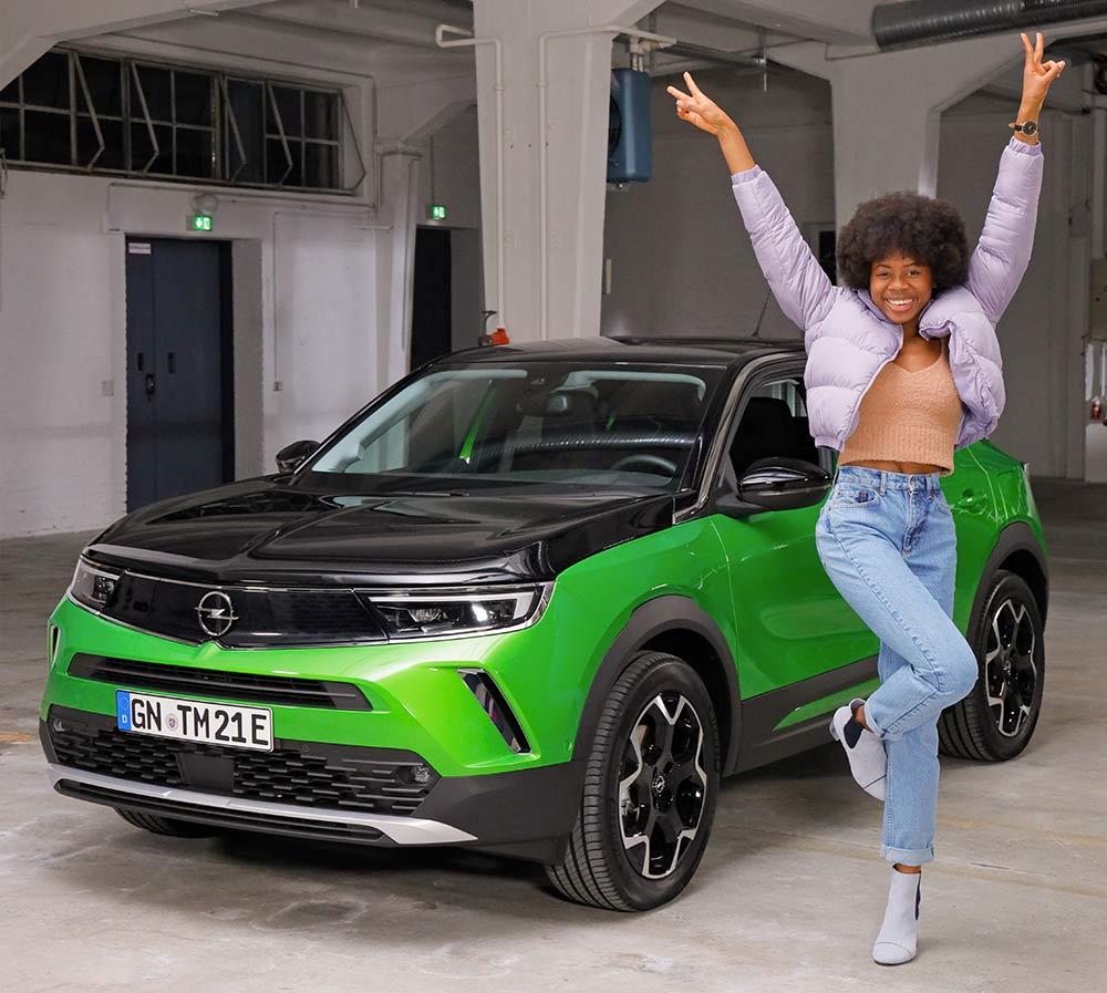 GNTM-Die-23-j-hrige-Ashley-wird-zur-neuen-Opel-Markenbotschafterin