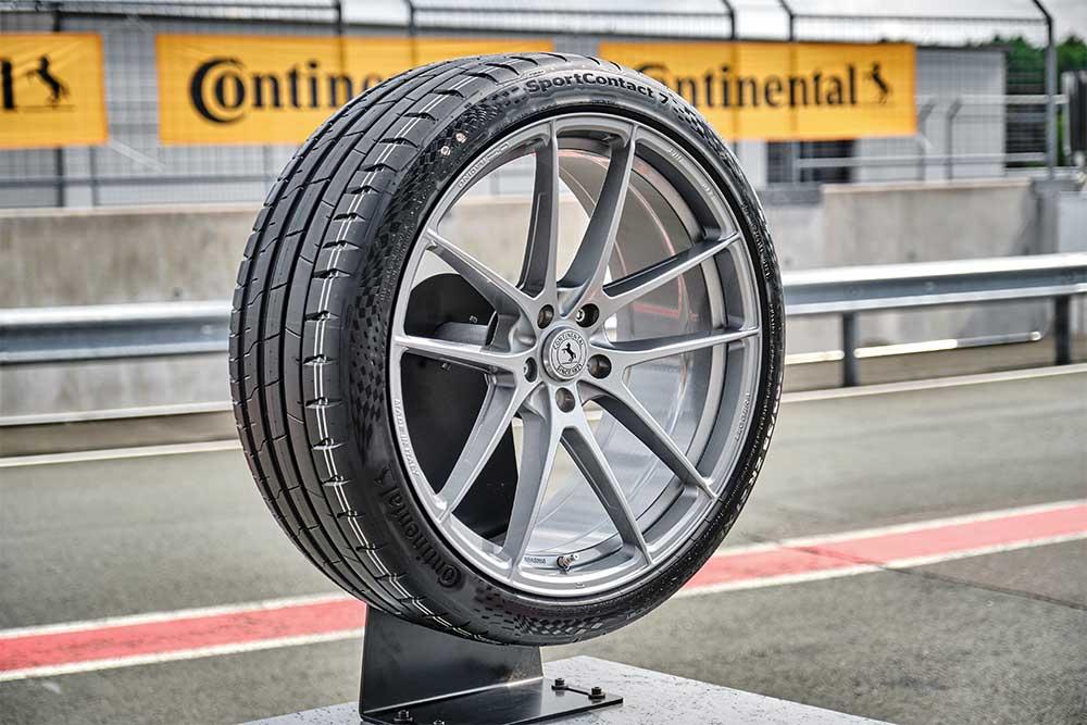 UHP-Reifen-Neuer-SportContact-7-von-Continental
