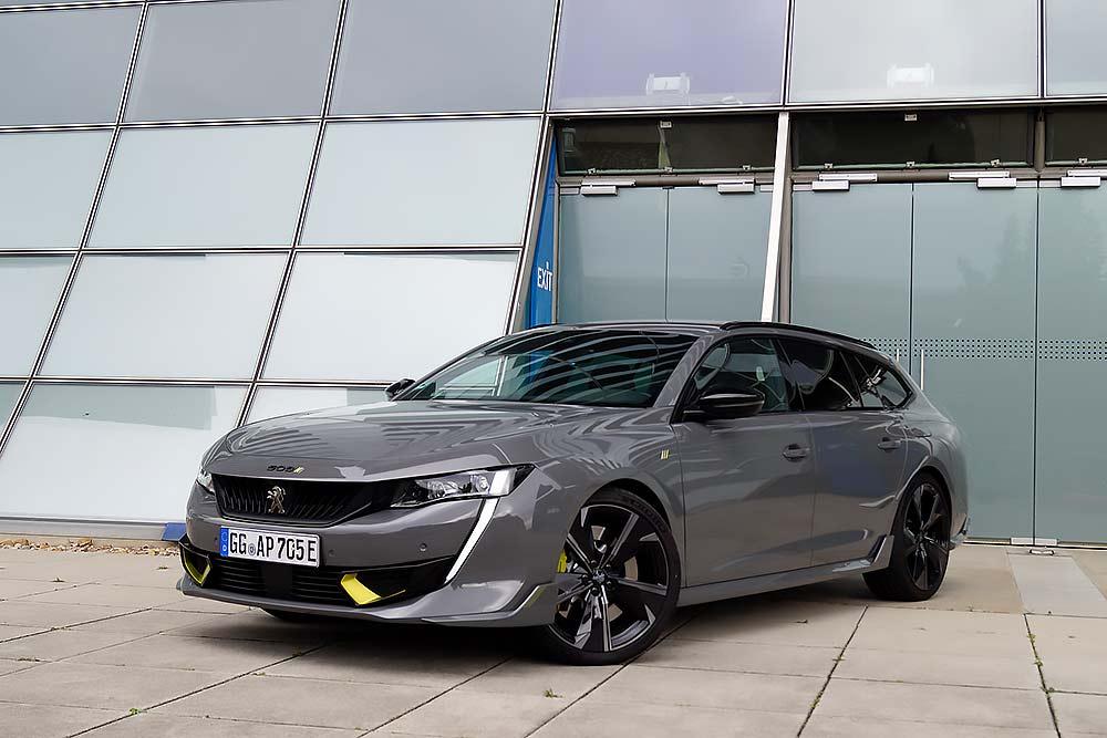 Hybrid-Sportler-mit-ordentlich-Power-Der-neue-Peugeot-508-SW-PSE-Hybrid4-mit-360-PS-und-e-EAT8-im-Test