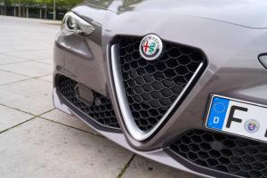 Alfa Romeo Giulia Super 2.0 Turbo 2017