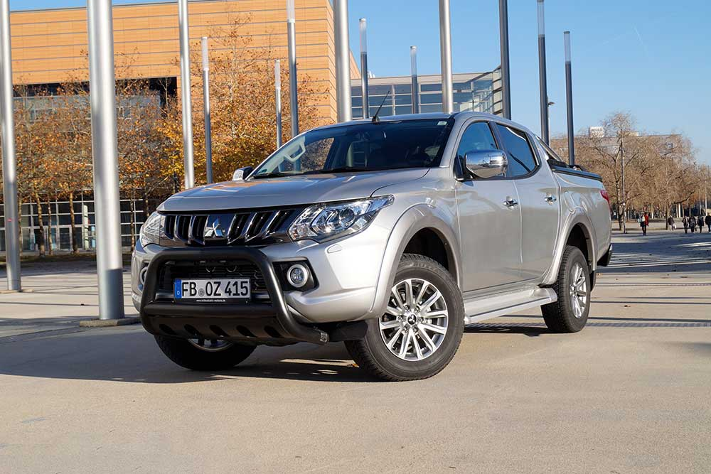 Mitsubishi L200 2.4 DiD+ AT Top Doppelkabine