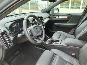 Volvo XC40 D3 AWD Momentum Pro - 2020